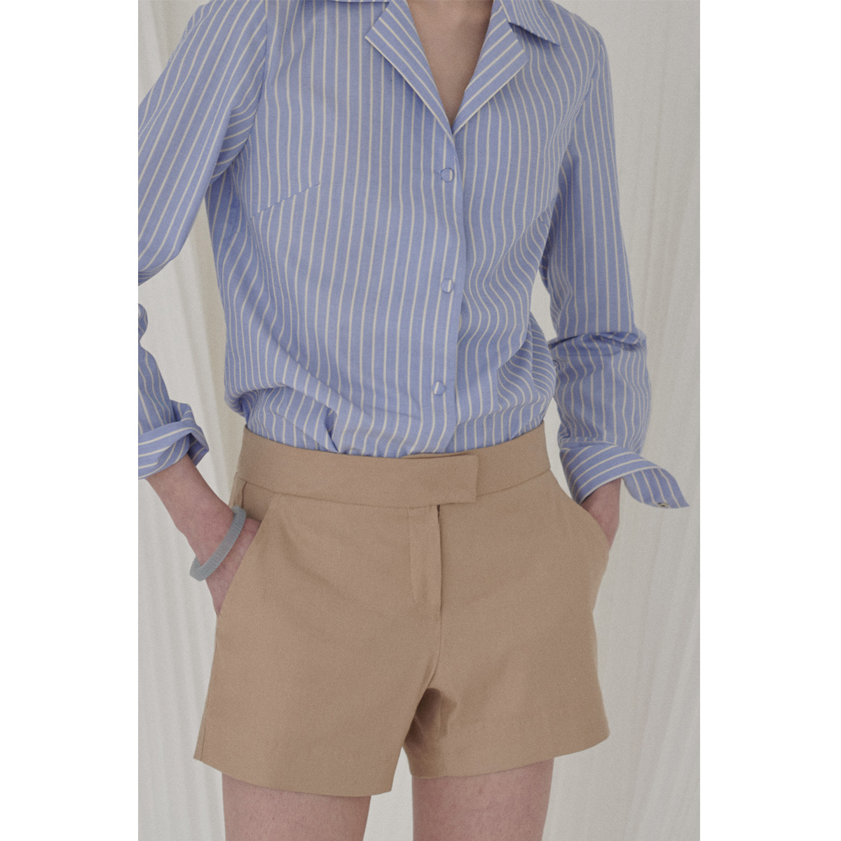CHRIS SHORTS | camel | 4.10 발송예정