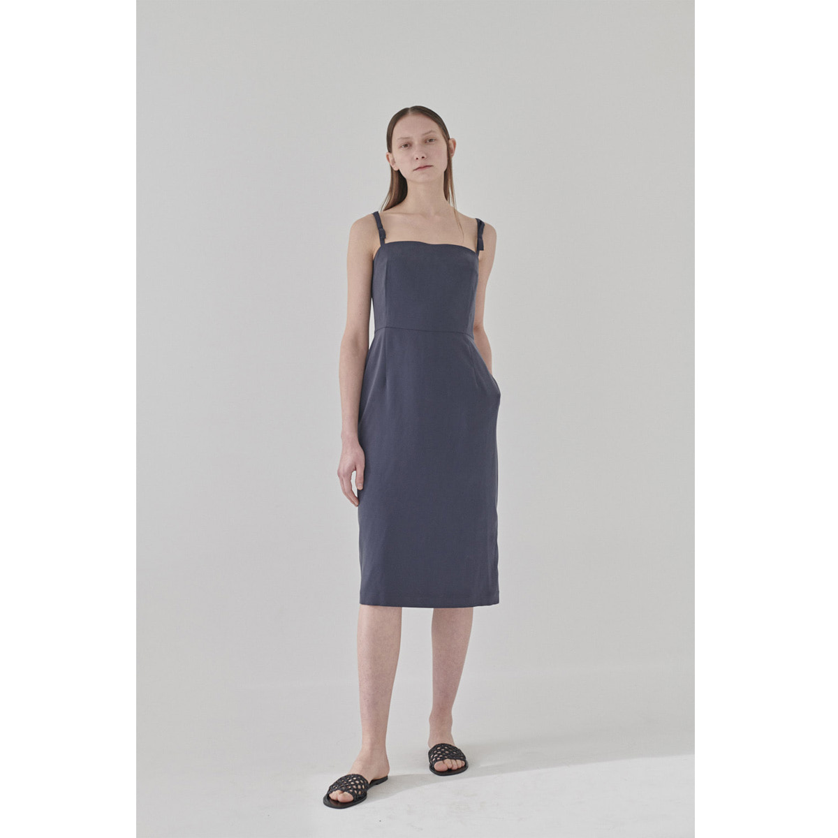 GUILIA DRESS | dusty navy